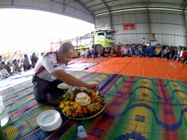 Doa bersama para tokoh masyarakat dan ulama Tanjungpura di Pool TST – Karawang Barat